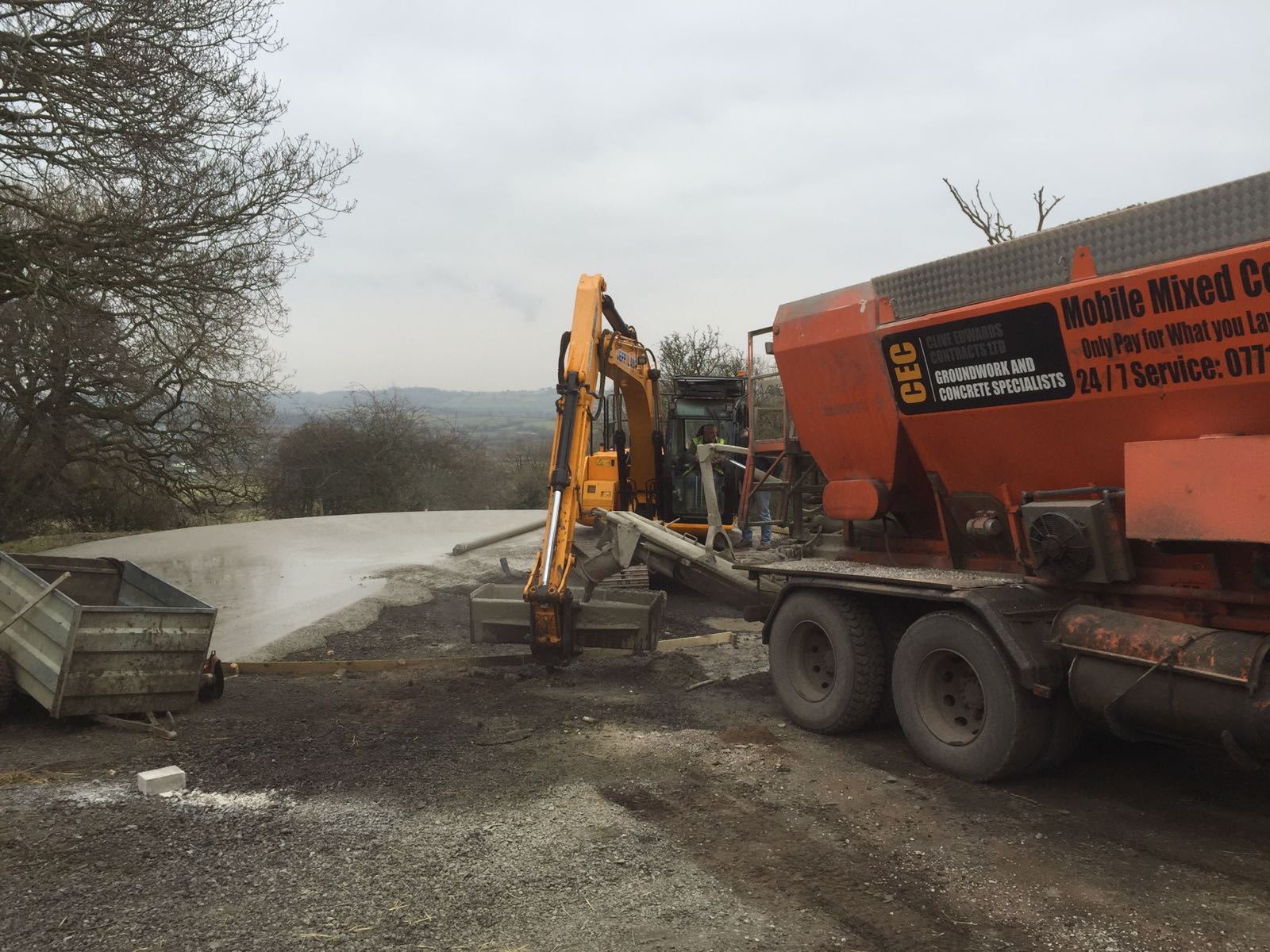 GROUNDWORK & CONCRETE LAYING – Clive Edwards Contracts Ltd